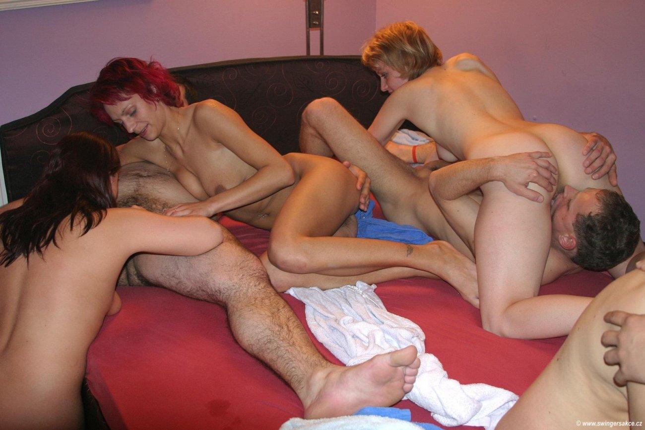 Смотреть онлайн порно чешские свингер вечеринки 23 фотография