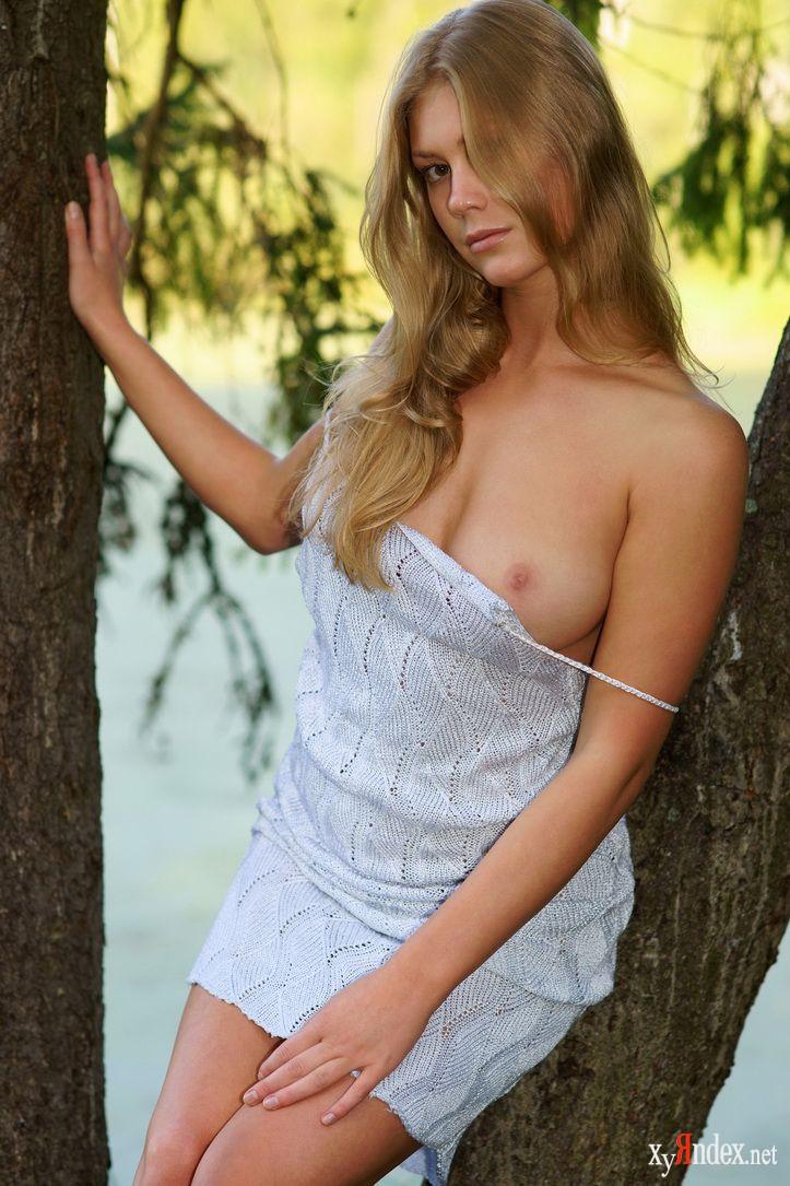 Блондинка эротика секс раздевается blog