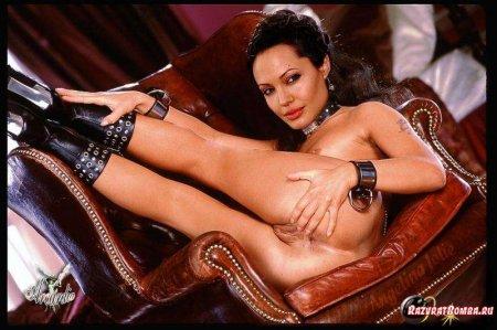 Angelina Jolie раздвинула ноги (ФОТО)