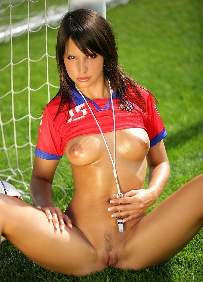фото голых болельщиц из футбола