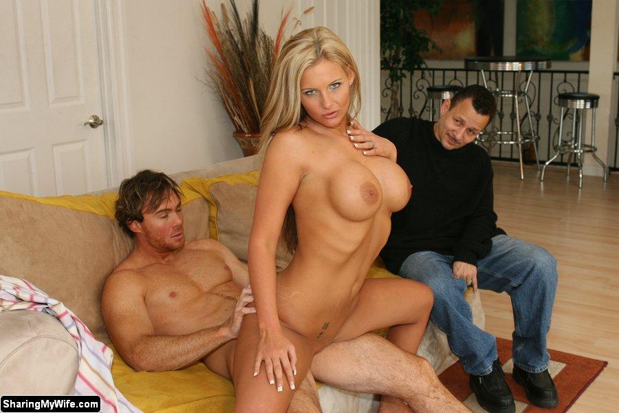смотреть порно блондинка при муже-шш2