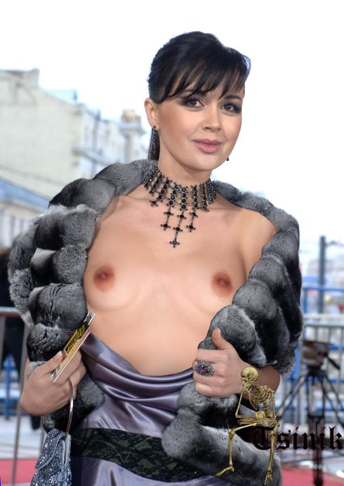anderson-porno-video-anastasiya-zavorotnyuk-beret-v-rot-huy-shou-porno-ugadayka