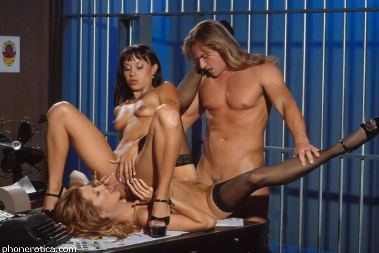 porno-video-otsosala-u-zekov-viktoriya-louson-porno