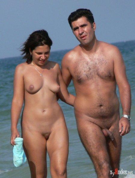 Летом на нудистском пляже (ФОТО)