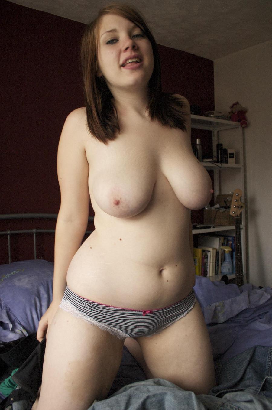 Фото голых женщин полненьких 2 фотография
