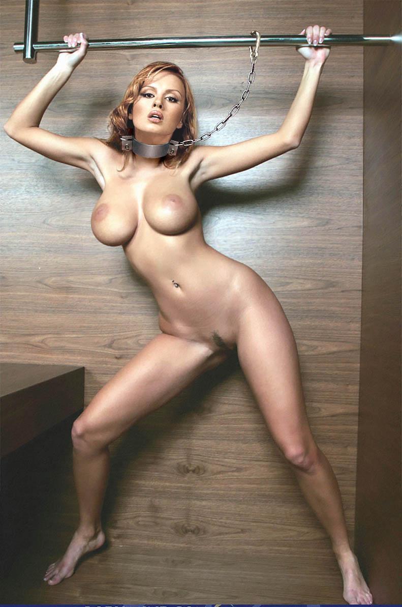голые сиськи знаменитостей фото