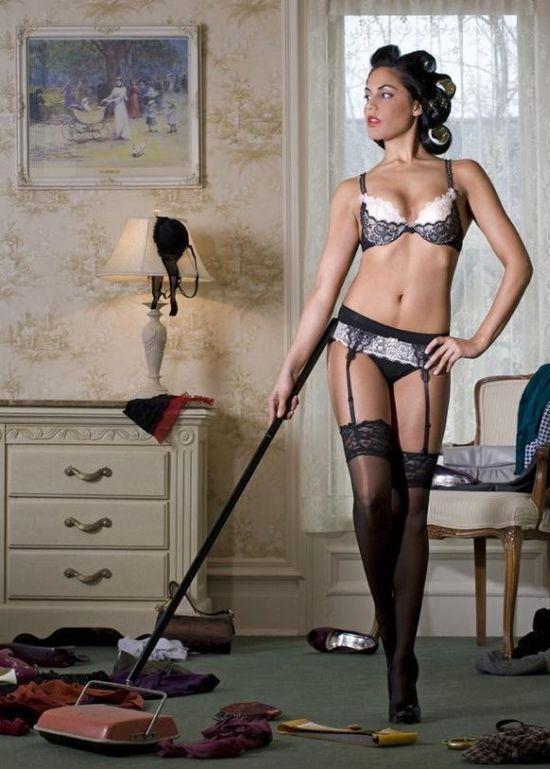 Эротичная домохозяйка видео, дрочит мне ножками