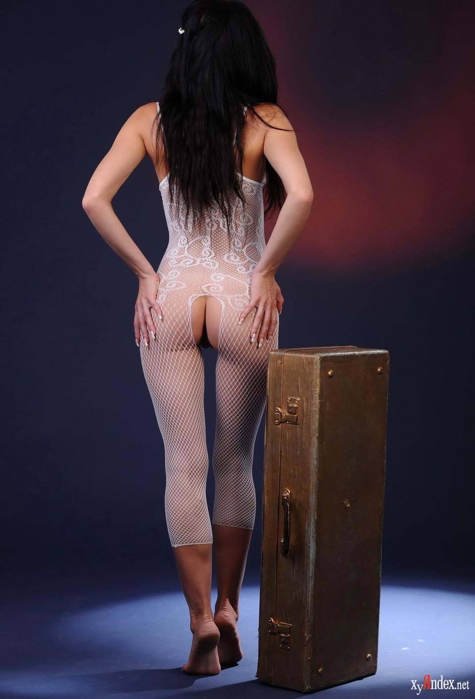 chastnaya-erotika-v-setke-foto-traha-mnogo-bab-i-odin-muzhik