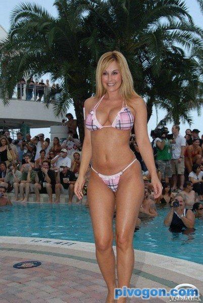 конкурс купальников порно