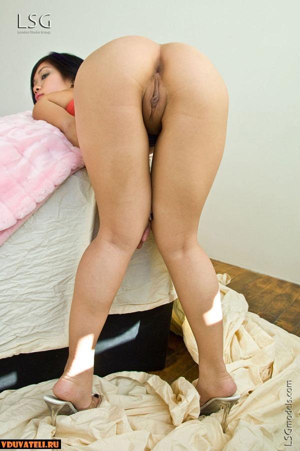 Hot shriya saran nude
