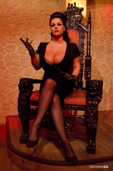 Большая грудь. Мария Зарринг. мега цицьки брюнетки. порно титьки.