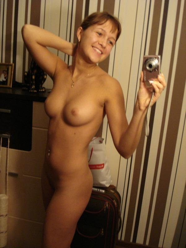 Пизда перед зеркалом фото фото 322-188