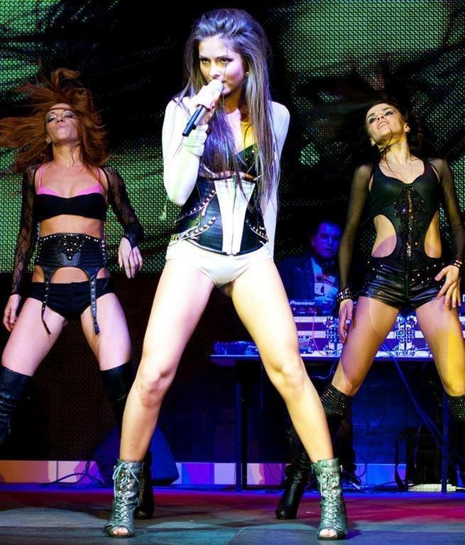Порно на сцене во время выступления #9