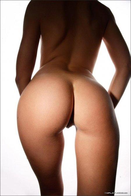 Шикарные девичьи попы крупным планом (ФОТО)