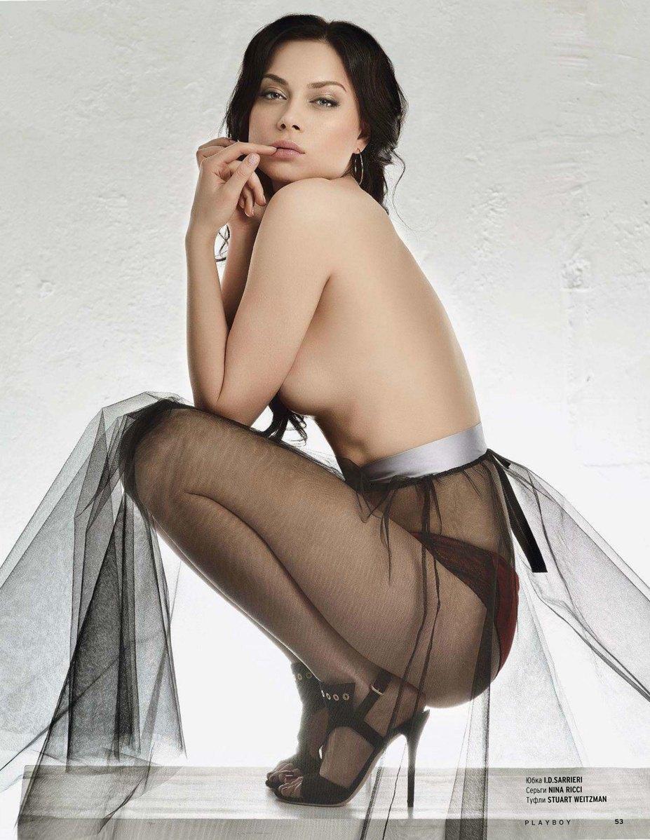 Порно актриса с серьгами — pic 4