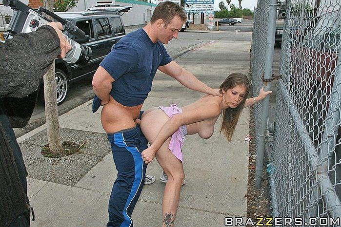 Секс на улицах экстремальный
