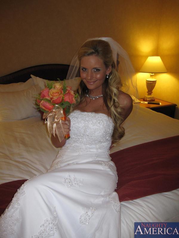 Фото голых невест минет