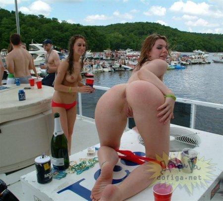 пяние голые студентки