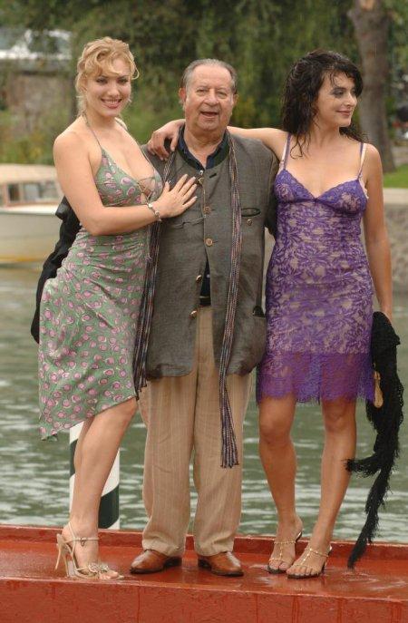 порно фото актрисы тинто брасса