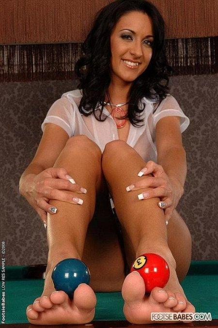 Фильм голая спортсменка запихивает в пизду 36 шаров от бильярда онлайн в хорошем hd 1080 качестве фотоография