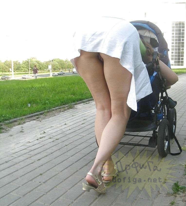 фото голые мамы с колясками