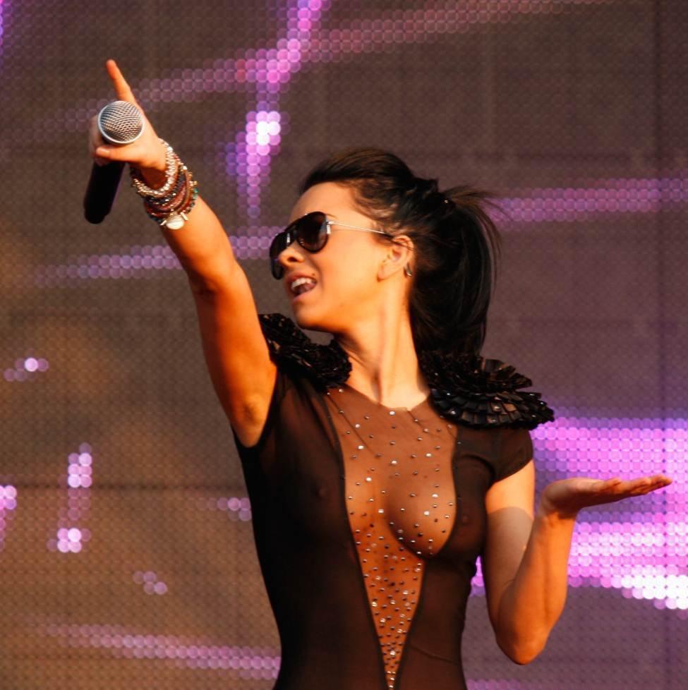 Певица inna порно видео с концерта