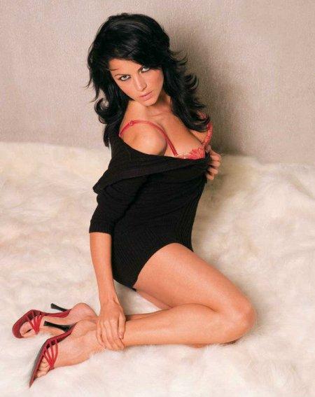 Индийская актриса кино Яна Гупта не носит трусики (ФОТО+ВИДЕО)