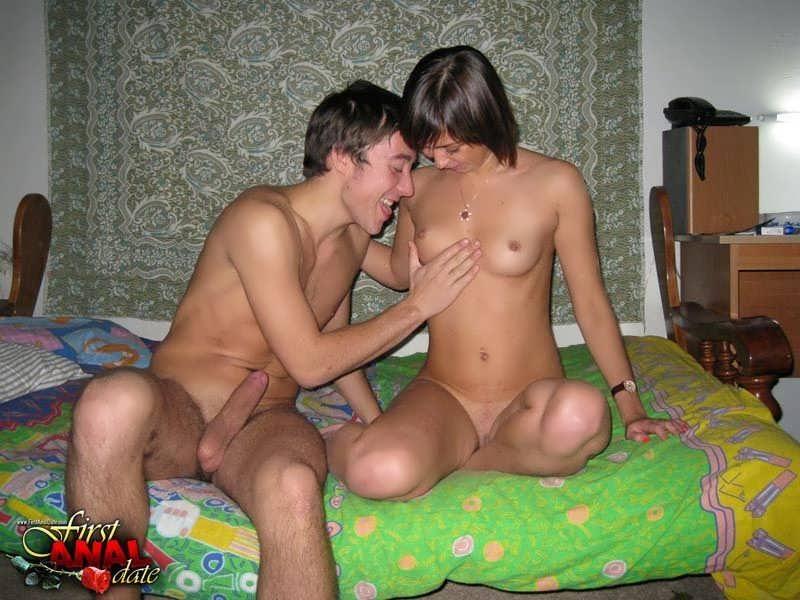 Смотреть домашний секс молодой пары онлайн