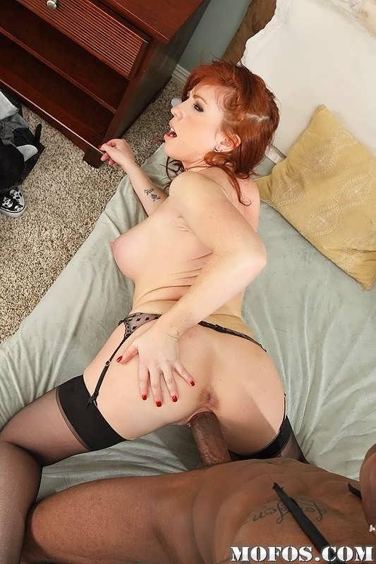 porno-rizhaya-prostitutka