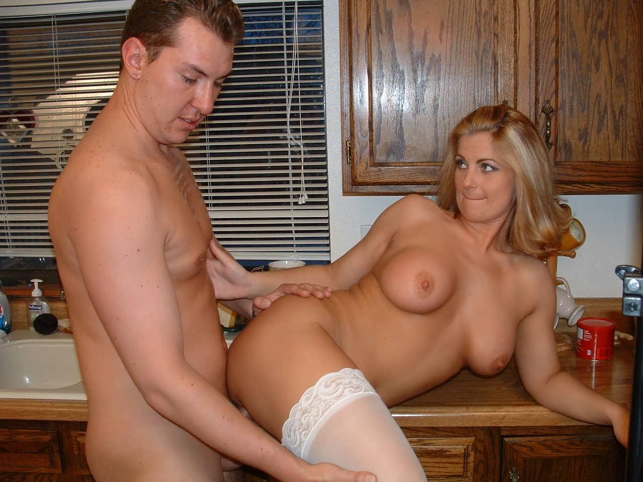 тетяс огромной грудью и племянник
