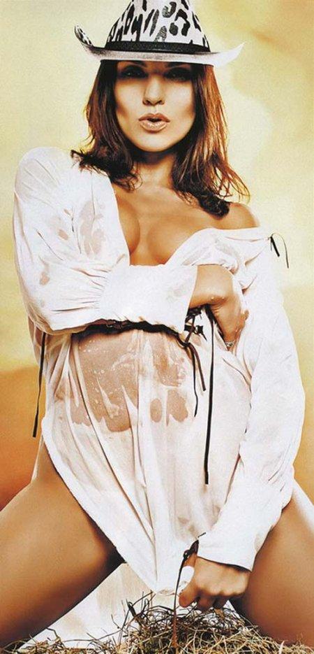 Надя Ручка из «Блестящих» без одежды (ФОТО)