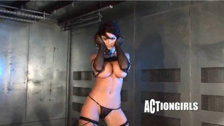 Вероника Земанова - солдат с голыми сисяками (HD ВИДЕО)