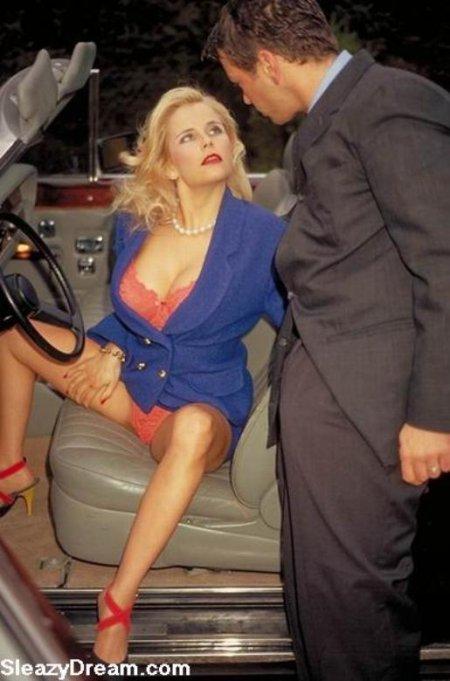 Порнозвезда Gina Wild дает ебать в гостинице (ФОТО)