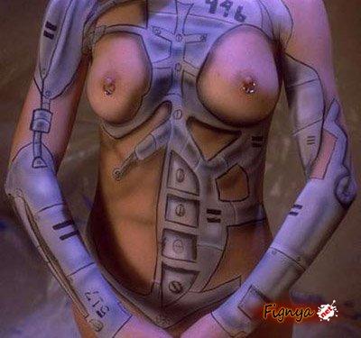 Девушки разрисованы без одежды (ФОТО)