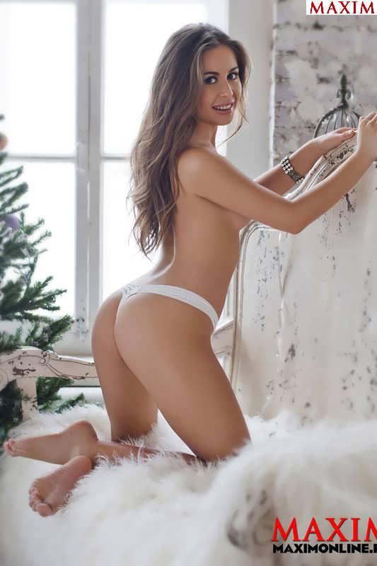 голая юлия михалкова из уральских пельменей порно