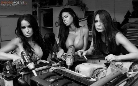 Распутные девочки из автомастерской (ФОТО)