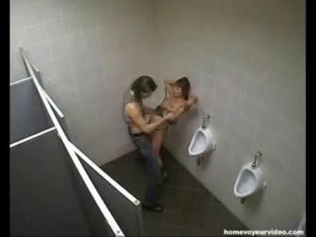 Подсмотреный секс в ночном клубе фото 385-379