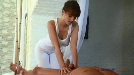 делает массаж члена фото