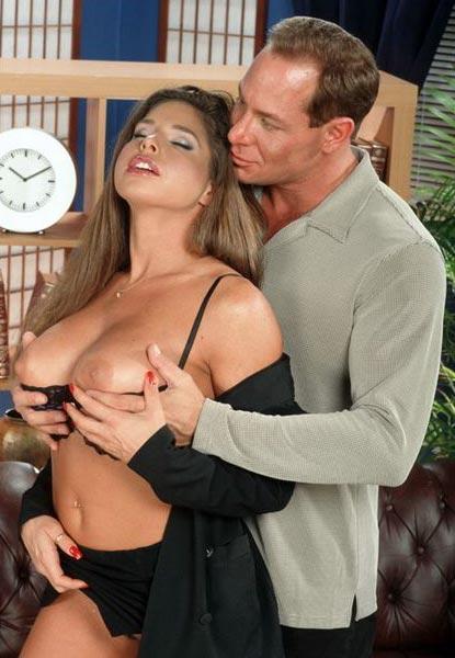 Безотказная секретарша порно