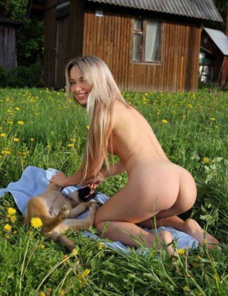 порно фото девушек со зверями
