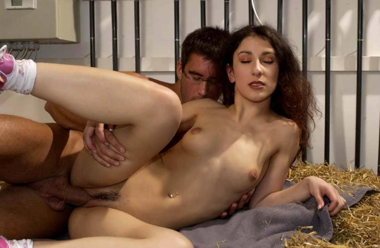 Порно с актрисой сибел келли