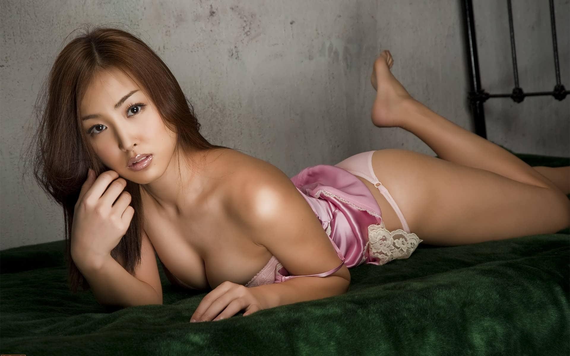 Японка в ночнушке порно 8 фотография