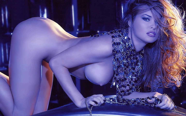 eroticheskie-foto-karmen-elektra