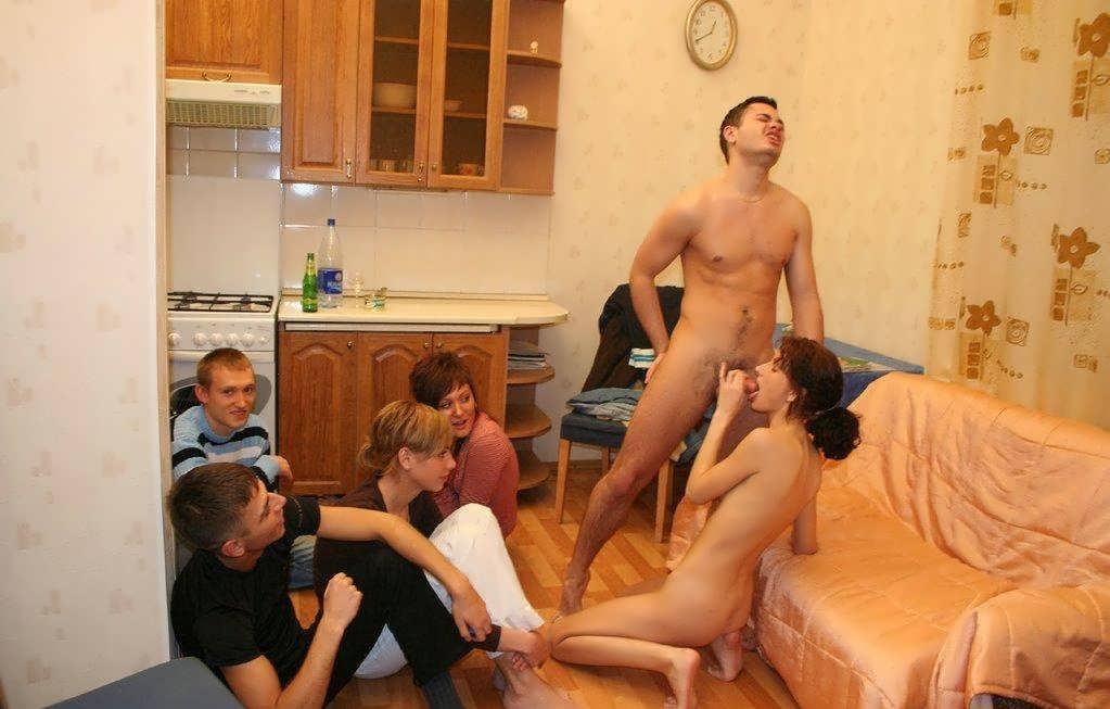 Пьяные в общаге русское порно онлайн
