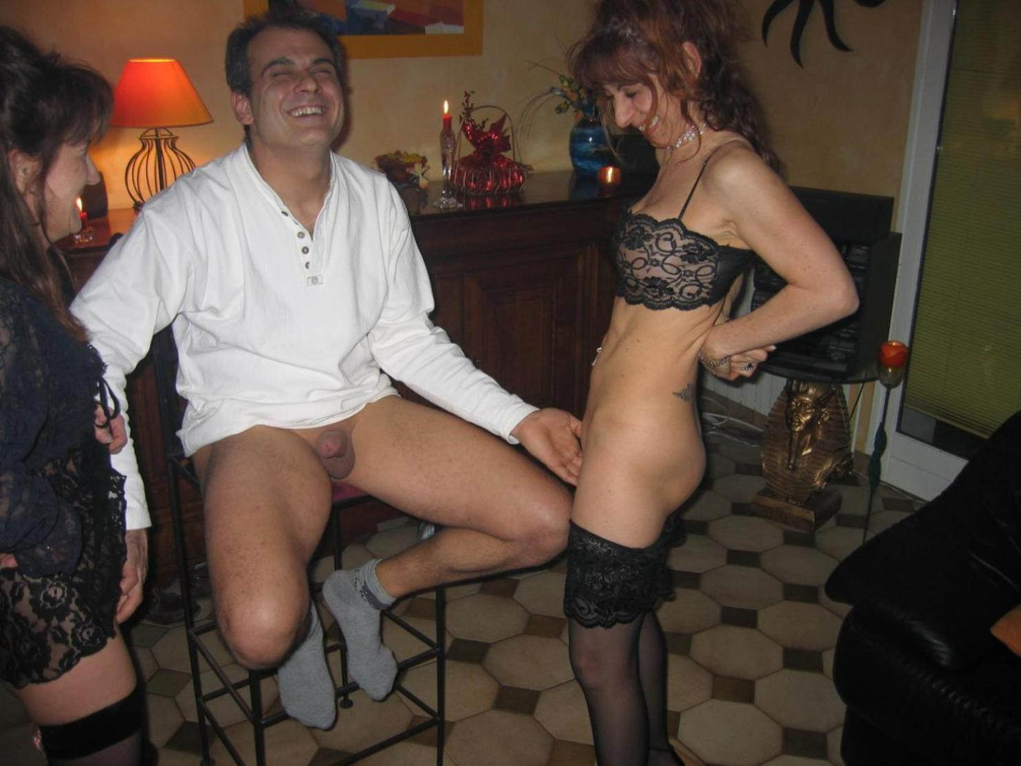 Поход жены в свингер клуб, Поход в свинг клуб зрелой жены 12 фотография