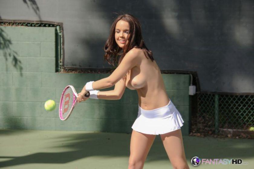 Эро фото тенис