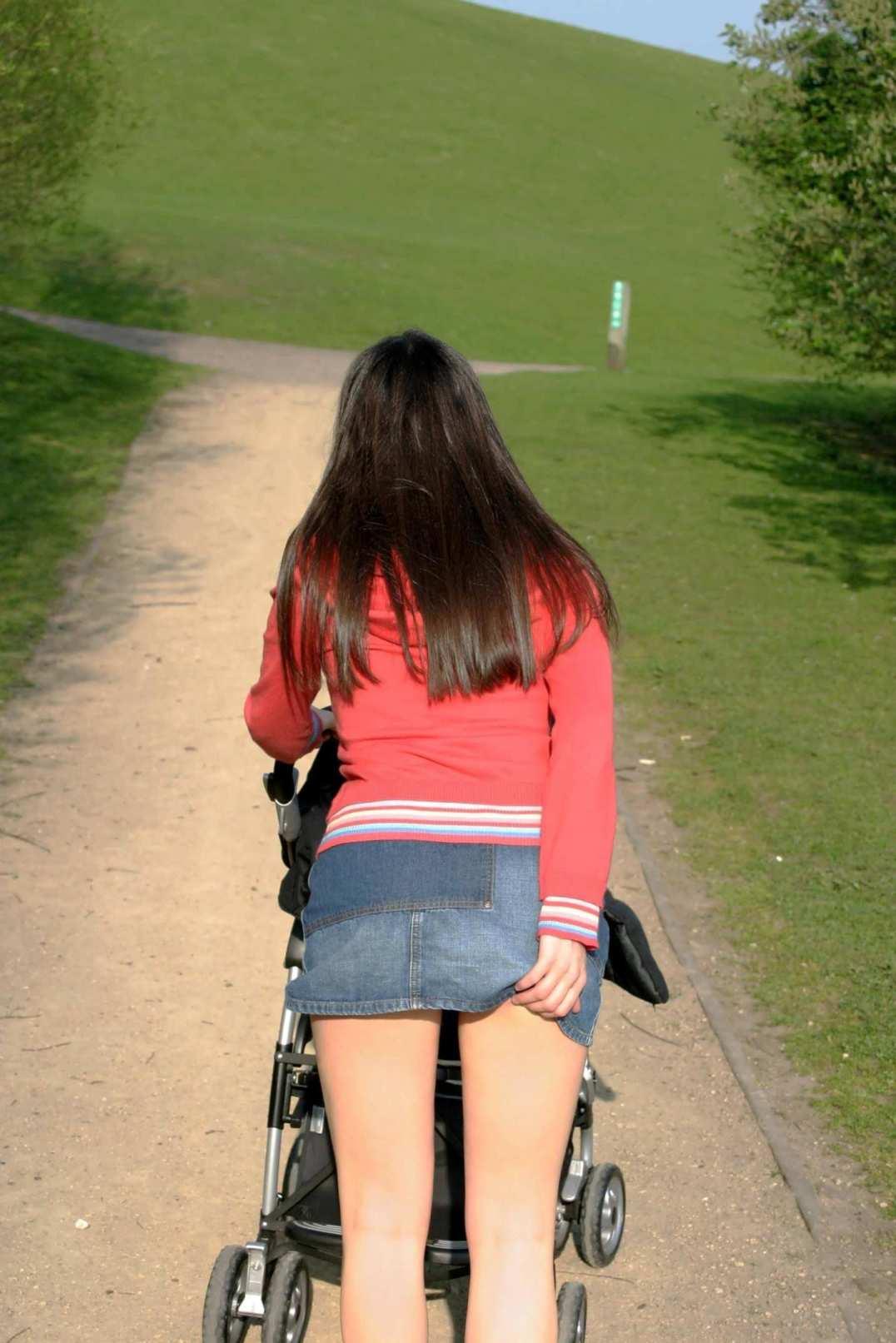 Фото толстух гуляющих без трусов — photo 14