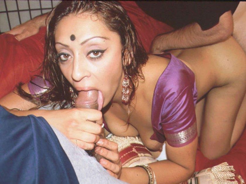 Очень Сексуальная Индианкаотдалась За Деньги