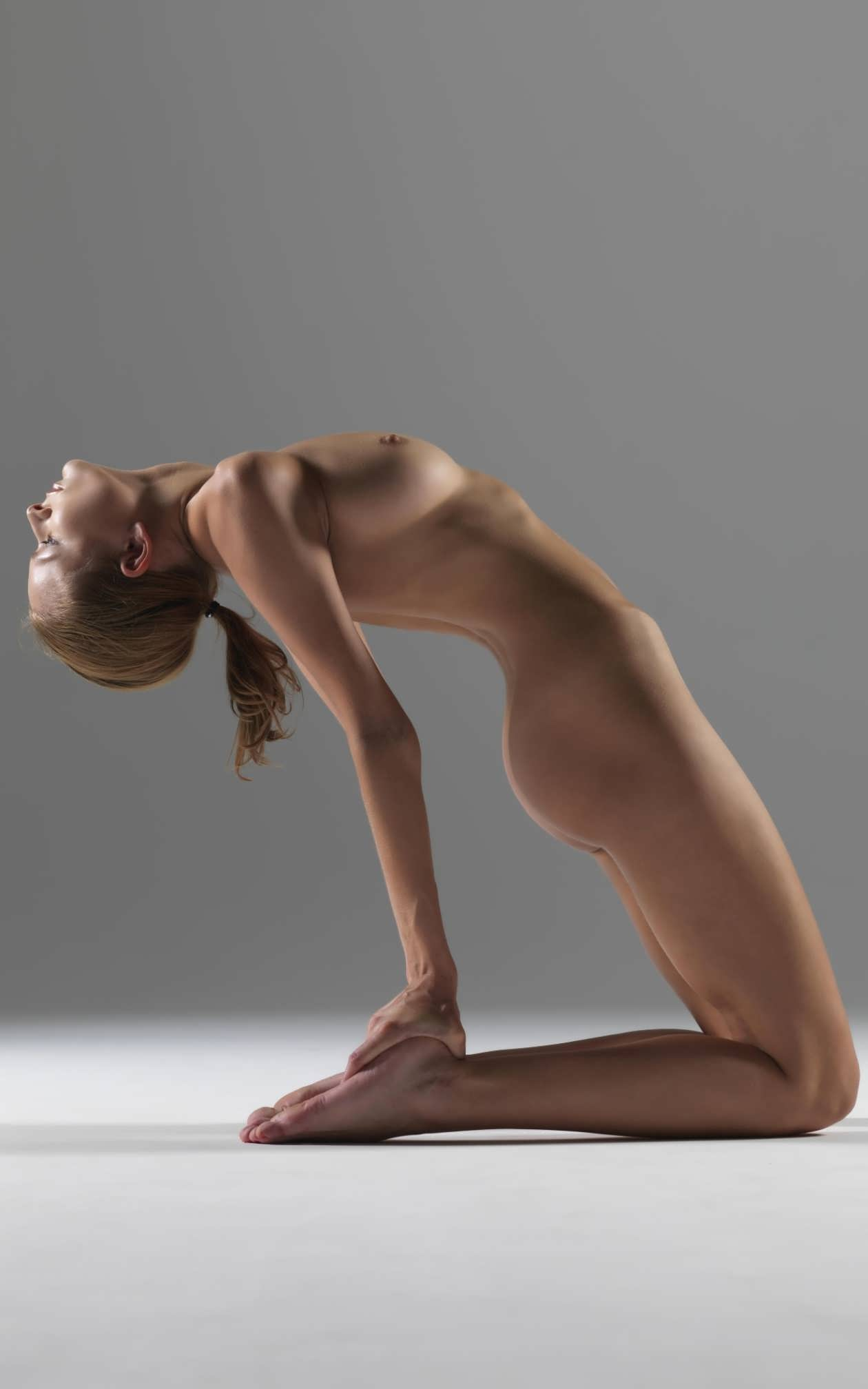 Фото голых йога 8 фотография