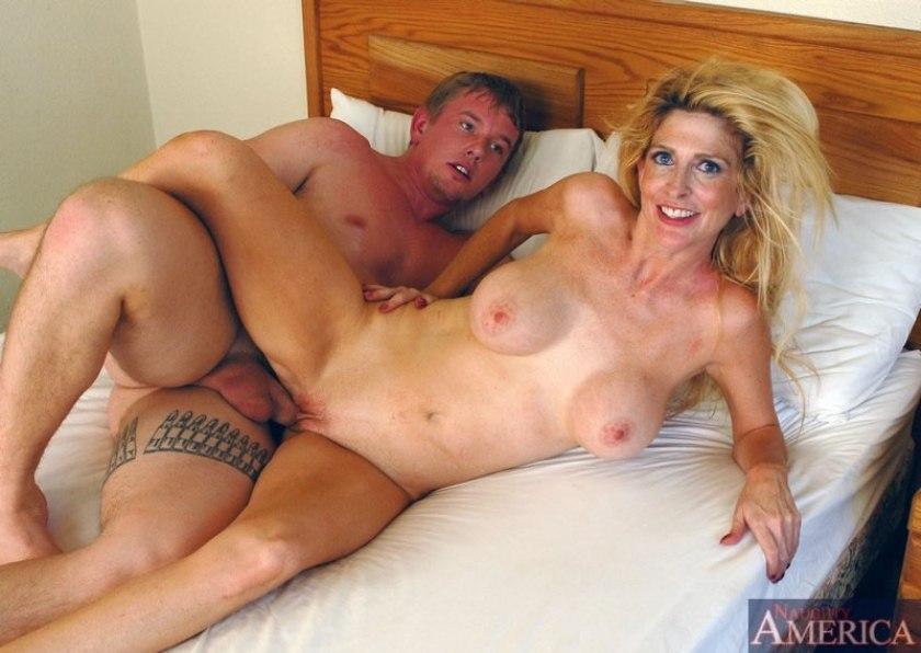 порно сочные сексуальные мамки